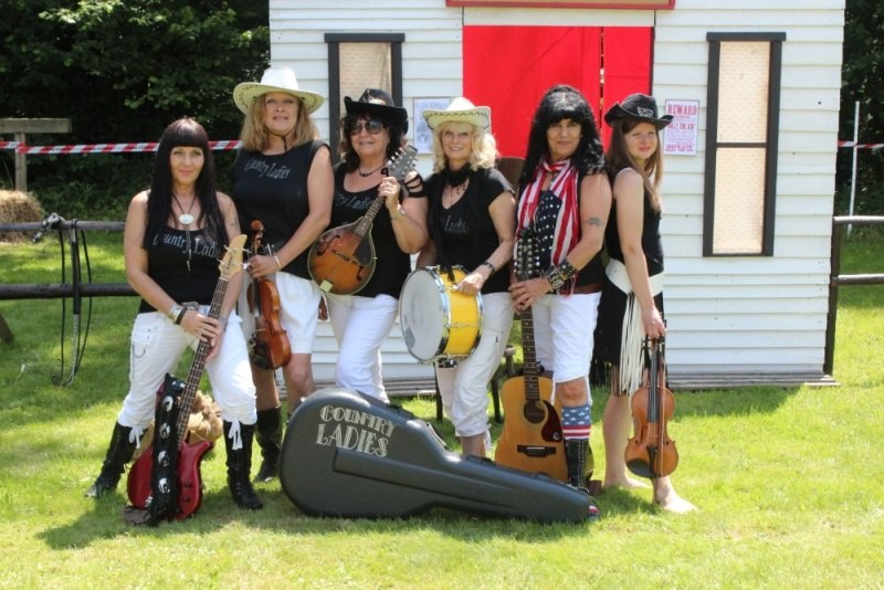 country ladies 1